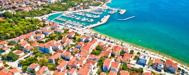 JULY! 7 nights at sea view apartment on the Croatian coast + cheap flights from Germany for only €157!