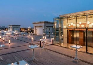 5* DoubleTree by Hilton Istanbul Topkapi from only €23 / $25 per person!