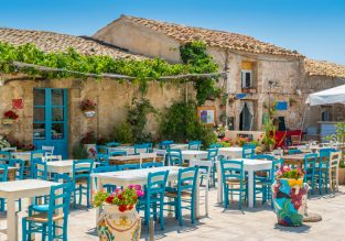 MAY! Double room at 4* 19th-century resort in Sicily for just €45! (€22.5/£20 pp)