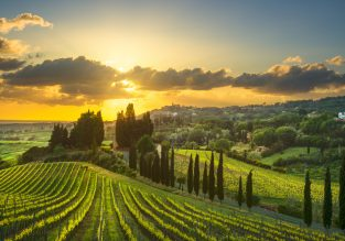 Tuscany experience! Double room at top-rated countryside villa with pool for just €39/night! (€19.5 /£17 pp)