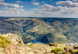 JULY! 7-night B&B stay at Parque Natural do Douro, Northern Portugal + car hire & flights from UK for only £183!