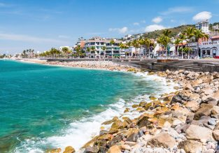 Beach holiday in Mexico's Pacific coast! 7 nights in well-rated apartment + direct flights from London for £440!