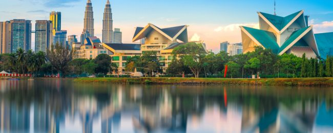 HOT! Cheap open-jaw flights to Malaysia from US cities and return from China to Canada from just $328!