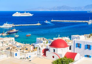 PEAK SUMMER! Cheap flights from Venice, Italy to Mykonos from only €58!