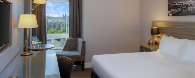 Summer! 4* DoubleTree by Hilton Bristol City Centre for only €54! (€27/ $31 pp)