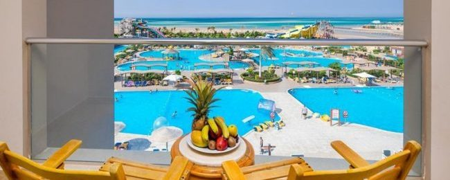 All-inclusive 7-night stay in 5* beach resort & aqua park in Egypt's Red Sea coast + flights from Switzerland or Italy from €169!