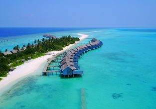 Maldives getaway! 7-night B&B stay at top rated 4* hotel + flights from Milan for only €423!