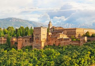 4-night stay at very well-rated 4* hotel in lovely Granada + flights from London for just £101!