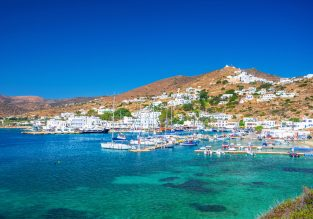 SUMMER! B&B stay at very well-rated & beachfront 4* hotel in the Greek island of Ios for just €56/night! (€28/£24 pp)