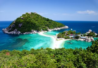 X-mas, New Year and High Season! 4* Sairee Hut Resort in Ko Tao Island, Thailand for just €18/night! (€9/$10 pp)