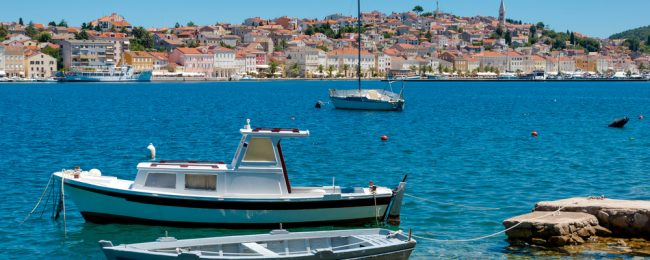 Late Summer vacation in Croatia! 7 nights at well-rated apartment + cheap flights from Frankfurt Hahn for just €123!