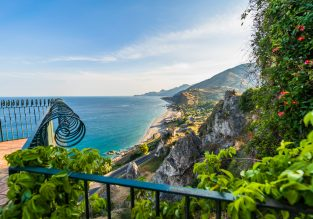 Spring, early & late Summer! B&B stay at beachfront 4* hotel in Sicily for just €47/night! (€23/£20 pp)