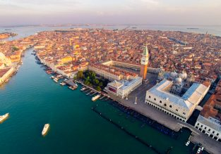 Romantic break in Venice! 3 nights at well-rated 4* hotel + cheap flights from London for just £87!