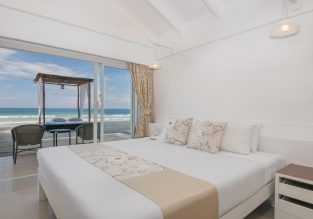 76 m² Thai-style beach cottage at 5* Thavorn Beach Village Resort & Spa Phuket for only €48 inc. breakfast! (€24/ $27 pp)