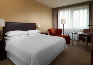 X-mas! 5* Sheraton Hotel Poznan, Poland for only €59/ night! (€29.5/ $33 per person)