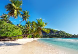 Cheap flights from London or Manchester to the Seychelles from only £406!