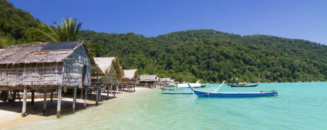Collection of top-rated bamboo hut resorts in Thailand from only €5/night! (€2.5/ $3 per person)