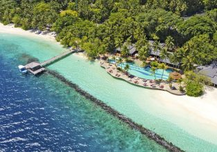 Half-board stay in at the 5* Royal Island Resort & Spa in Maldives from €64 / $70 per person! Beach Villa from only €8 more!