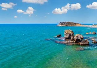 JUNE & JULY! 7-night B&B stay at well-rated hotel in Sicily + cheap flights from London from just £161!