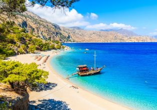 7-night stay at well-rated apartment in the Greek island of Karpathos + non-stop flights from Venice for just €145!