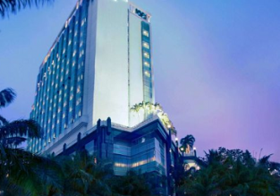 5* The Media Hotel and Towers in Jakarta, Indonesia for just €30 per night (€15 /$16.50 pp)