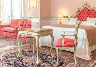 Romantic 5* Hotel Duchessa Isabella in Ferrara, Italy for just €40 per night (€20/$22 pp)