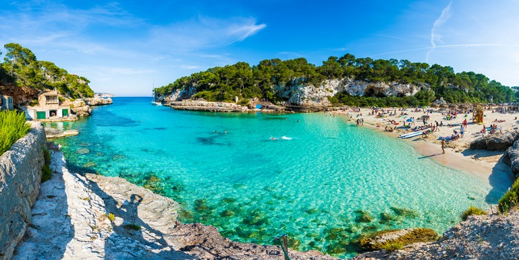 HOT! Cheap flights from Germany to Mallorca from only €1!
