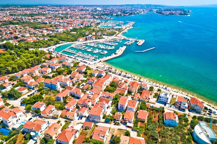Cheap flights from Berlin to Pula, Croatia from only €10!