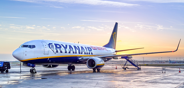 Ryanair opens a new base in Venice's main airport and launches 18 new routes! Fly from only €4 one-way!