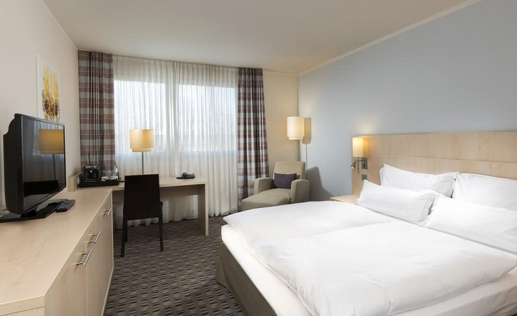 Summer! Stay at 4* Mercure hotel in Mannheim, Germany for €48/night!