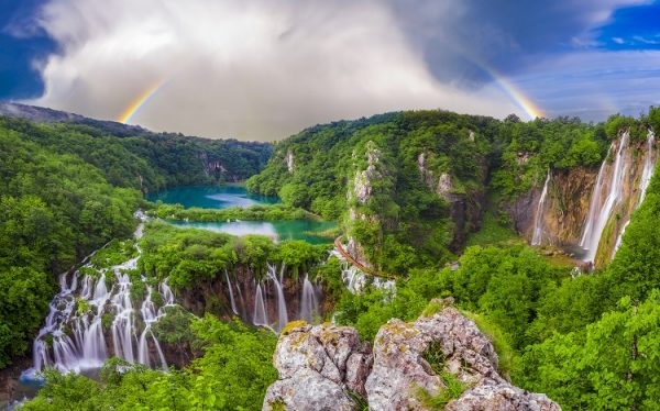 ST Plitvice Lakes from PL ph Mike Mareen