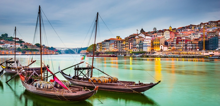 Weekend in Porto! 2 nights in top-rated 4* hotel in the historical centre + flights from Berlin for €67!