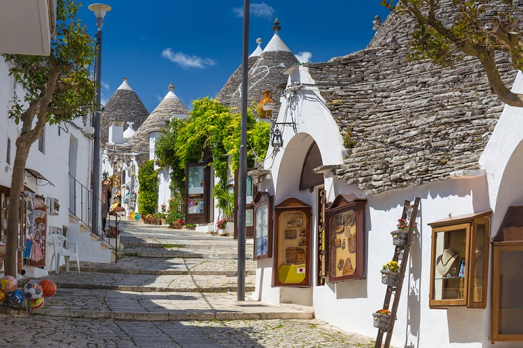 Countryside experience in Southern Italy! 4 nights in Puglia region + car hire & cheap flights from Berlin for just €129!